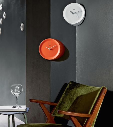 "Ora In and Ora Out by Alessi, the ""edgy"" clock"