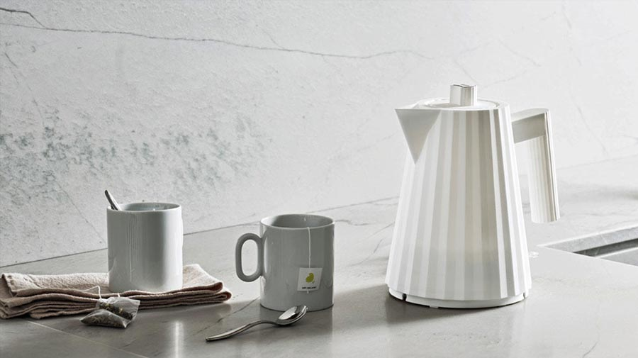 Plissé by Alessi, a fashionable kettle