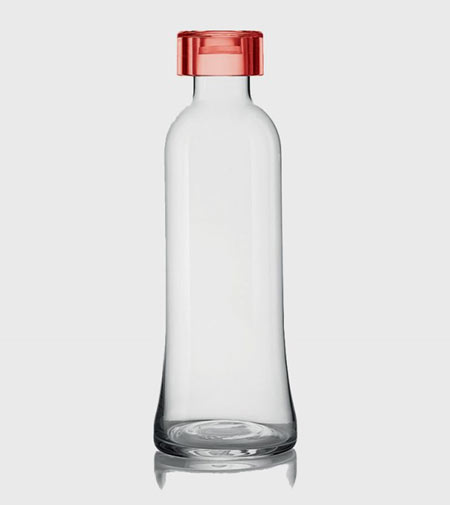 100 Tribute to Sottsass by Guzzini, the bottle that celebrates Ettore Sottsass