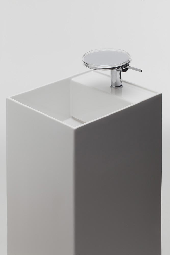 kartell by laufen bathrooms mixer tap tray. Black Bedroom Furniture Sets. Home Design Ideas