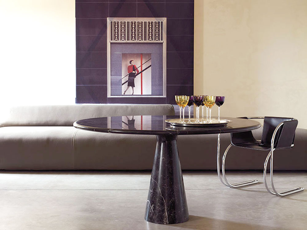 m table by agapecasa