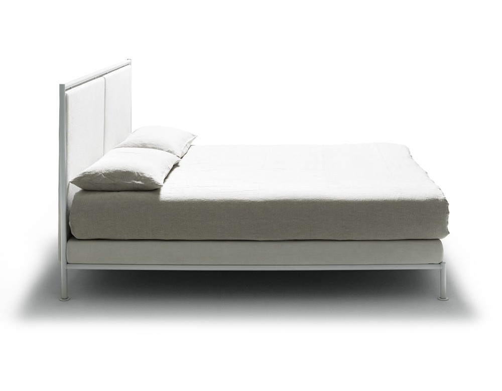 asseman open bed by de padova