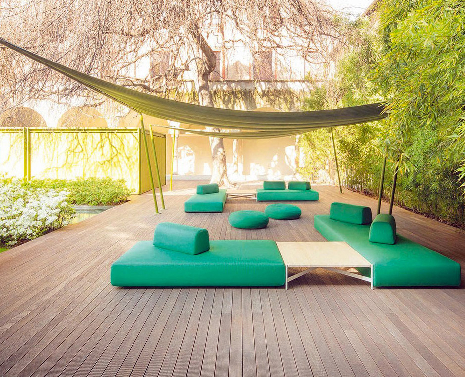 This collective, formed by three young Swedish architects, has designed a line of modular sofas ideal for outdoor living. All units have a wide and extremely comfortable seat. Backrests can be...
