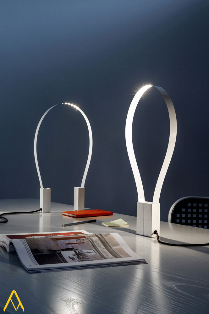 fluida lamp by martinelli luce