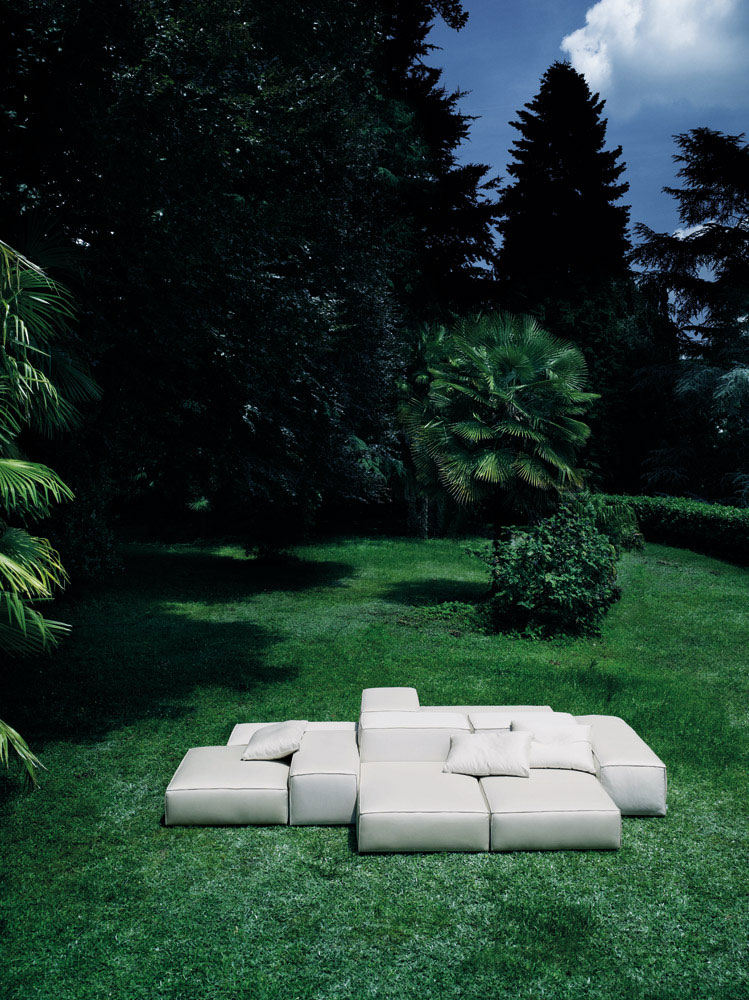 extrasoft sofa by living divani