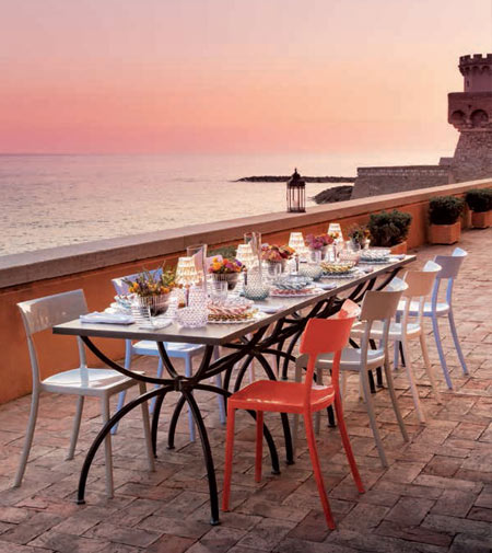 Kartell lights up summertime in Capri