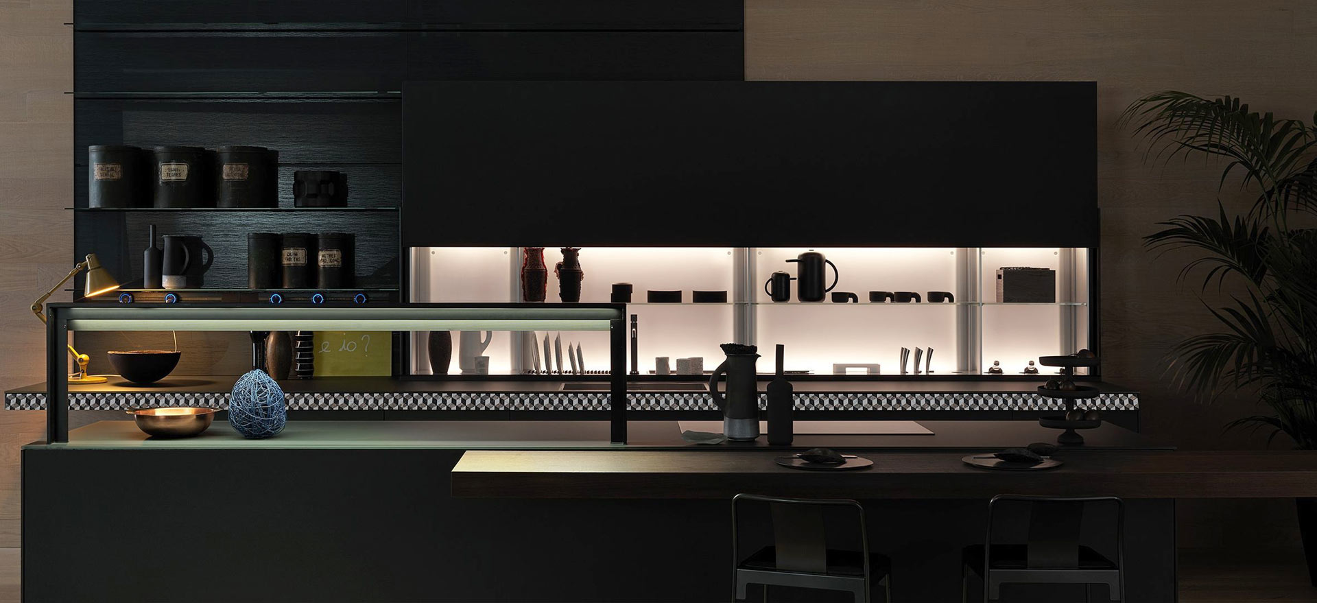 Valcucine Master of Class. Master of Glass
