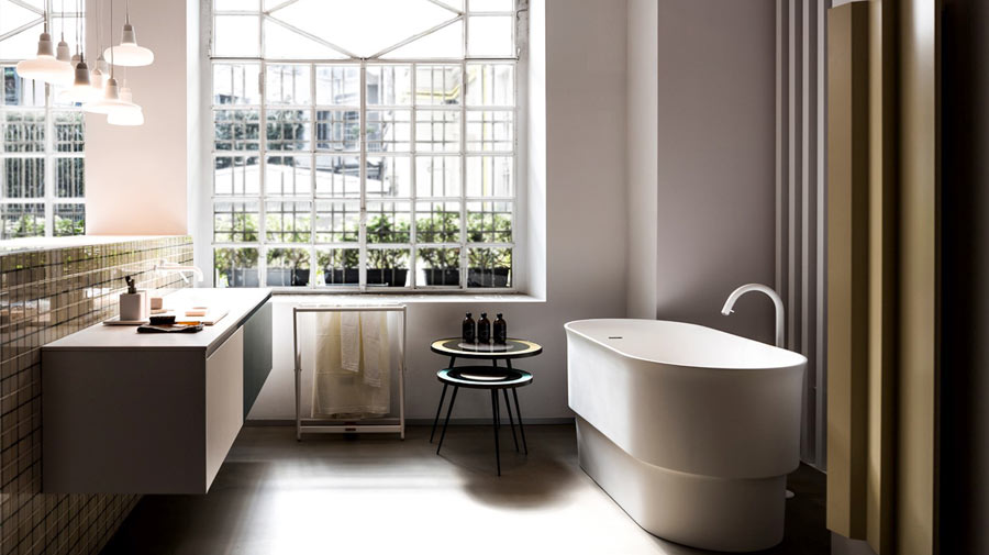 A modern bathroom inspired by the Orient