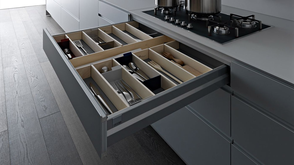 Everything in its place. Rciclantica kitchen by Valcucine