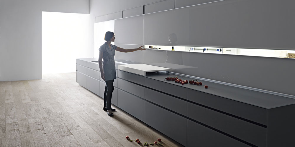 Artematica Vitrum kitchen, concrete-grey glass, design Gabriele Centazzo 2018, Valcucine