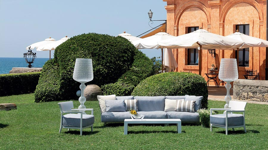 Tocchi ancient nel living outdoor