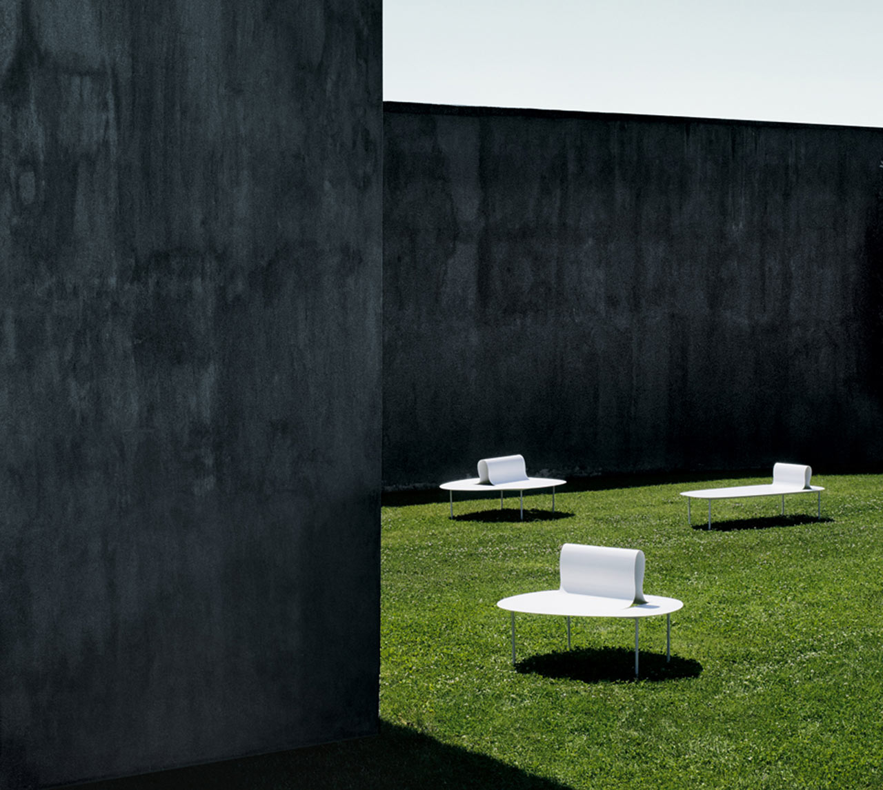 Desalto bench Soften Than Steel_687