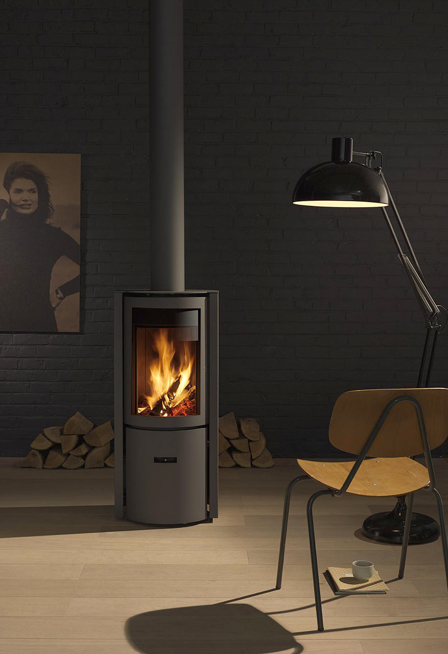 30-Compact One wood burner by Stuv
