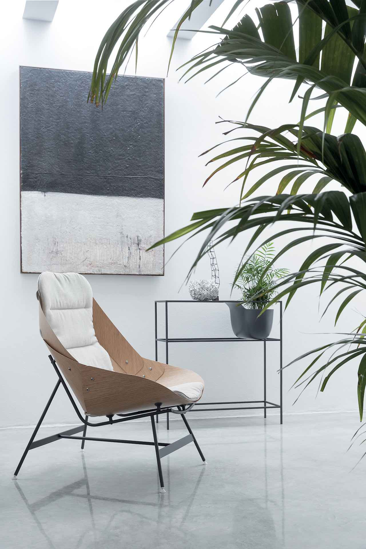 Time armchair, design Alfredo Häberli 2019, Alias. Photo Beppe Brancato, Courtesy Alias.