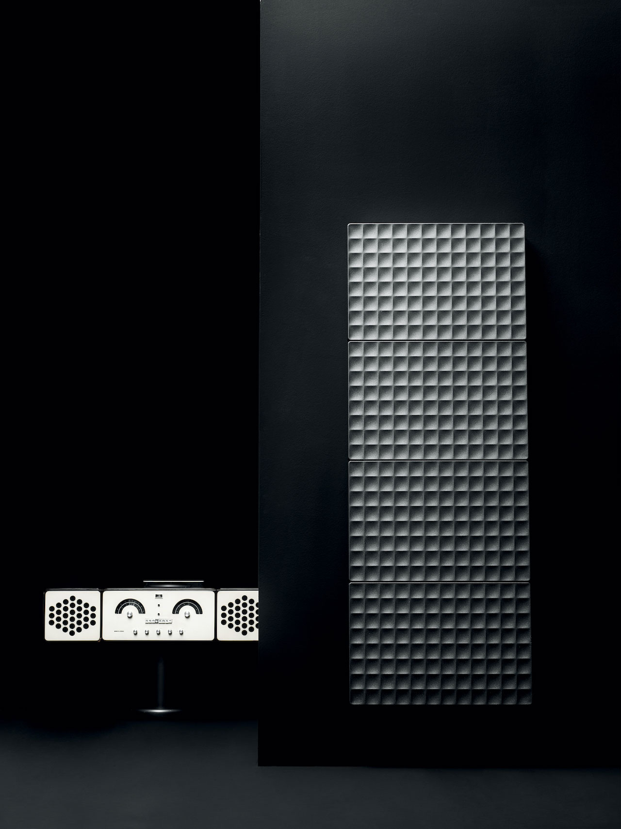 Waffle Radiator, design Piero Lissoni 2018, Antrax IT