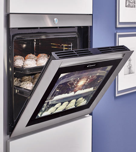 Watch&Touch di Candy, il primo forno full-touch
