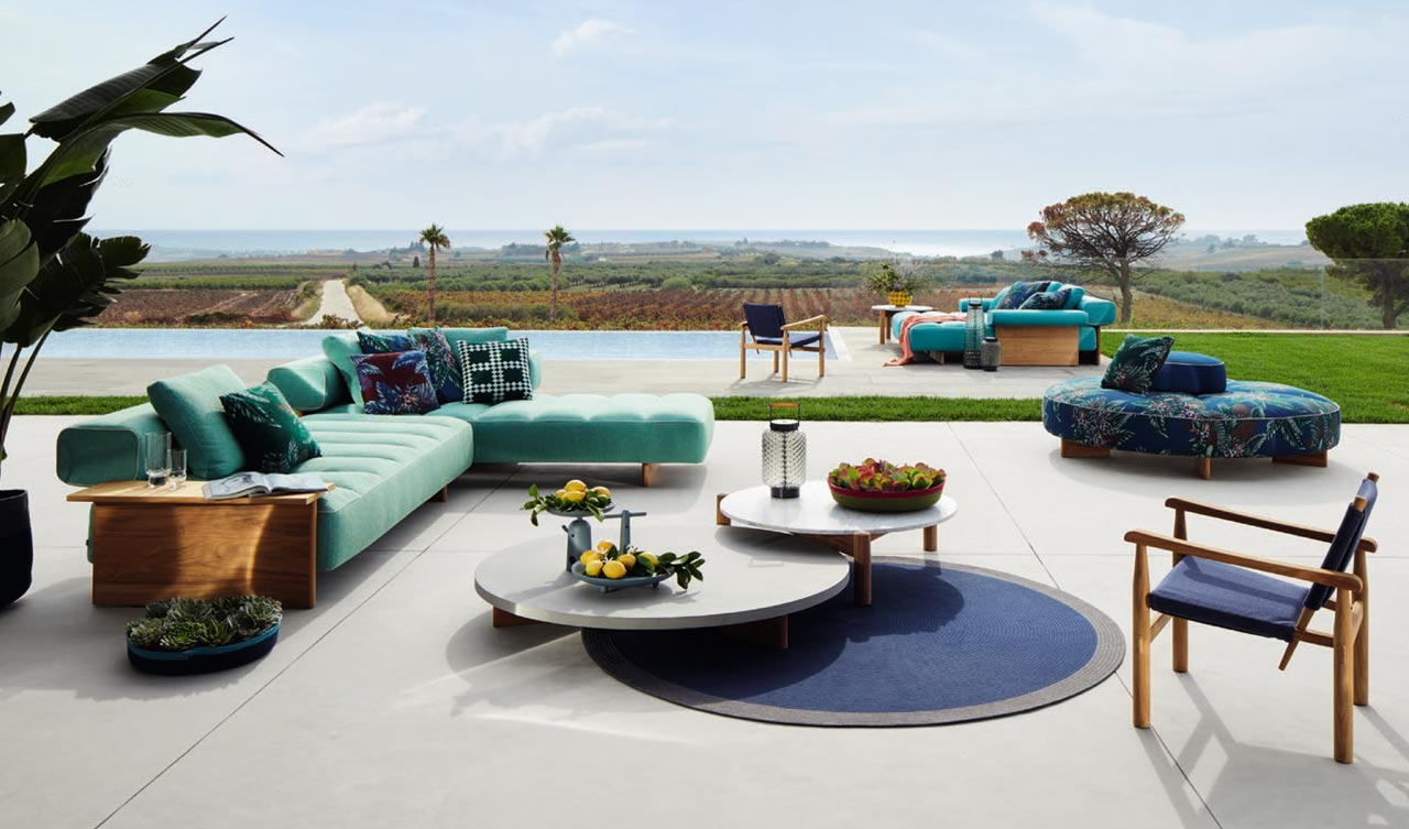The Cassina Perspective Goes Outdoor