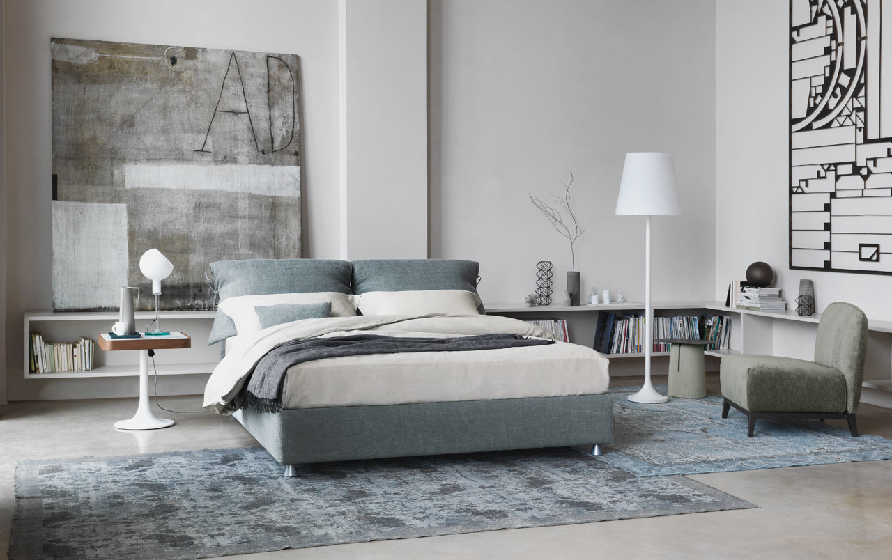Double bed designs: Nathalie by Flou
