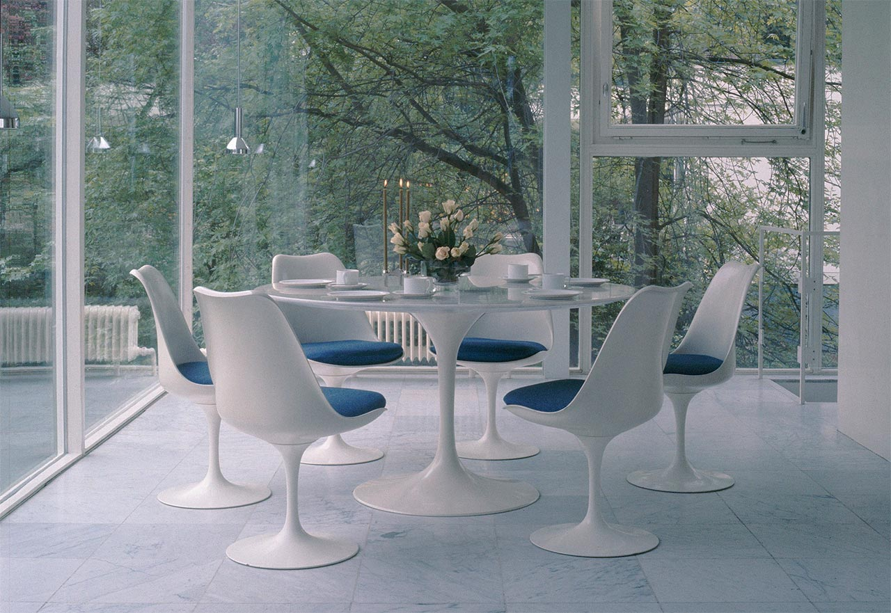 Knoll, Tulip table and chairs