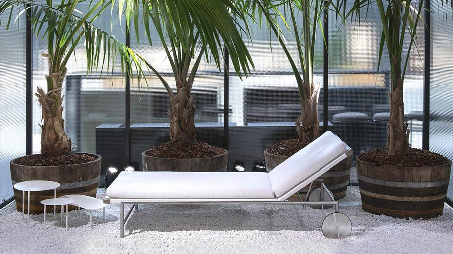 Sale by Living Divani, a daybed with relaxed perfection