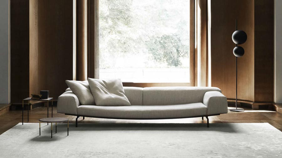 Sumo by Living Divani, the sofa is an enveloping curve
