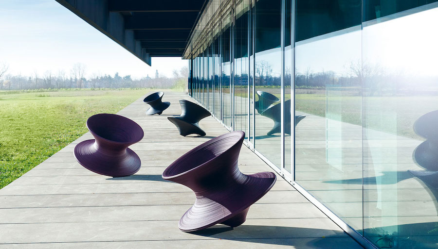 Spun by Magis: (the story of) a rotating chair