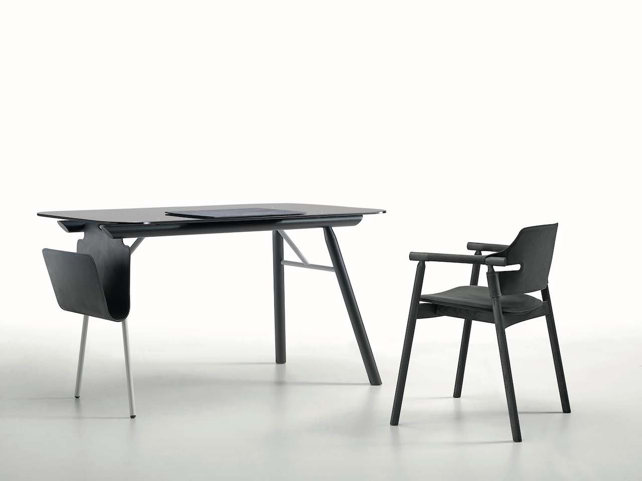 Suite desk, design AtelierNanni 2019, Midj.