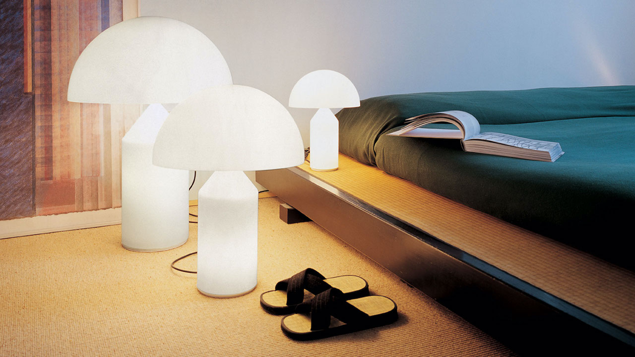 Table lamp Atollo glass 235, design Vico Magistretti 1977, Oluce