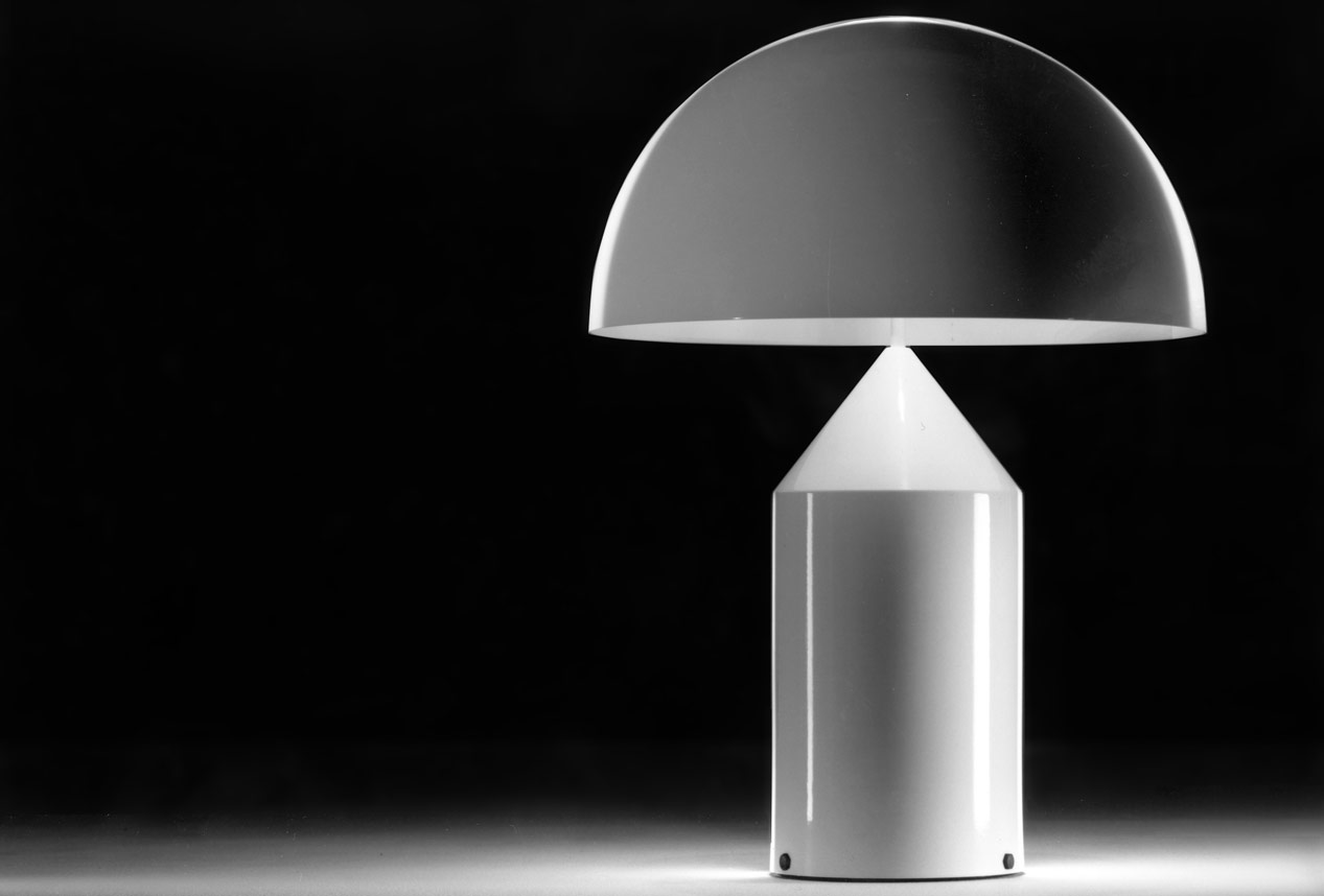 Table lamp Atollo, design Vico Magistretti 1977, Oluce