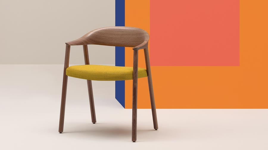 Héra by Pedrali, a chair that represents the purity of wood