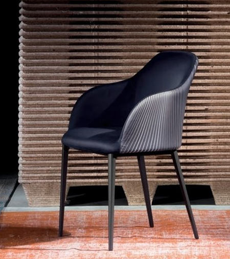 Sofia by Riflessi, the optical effect armchair