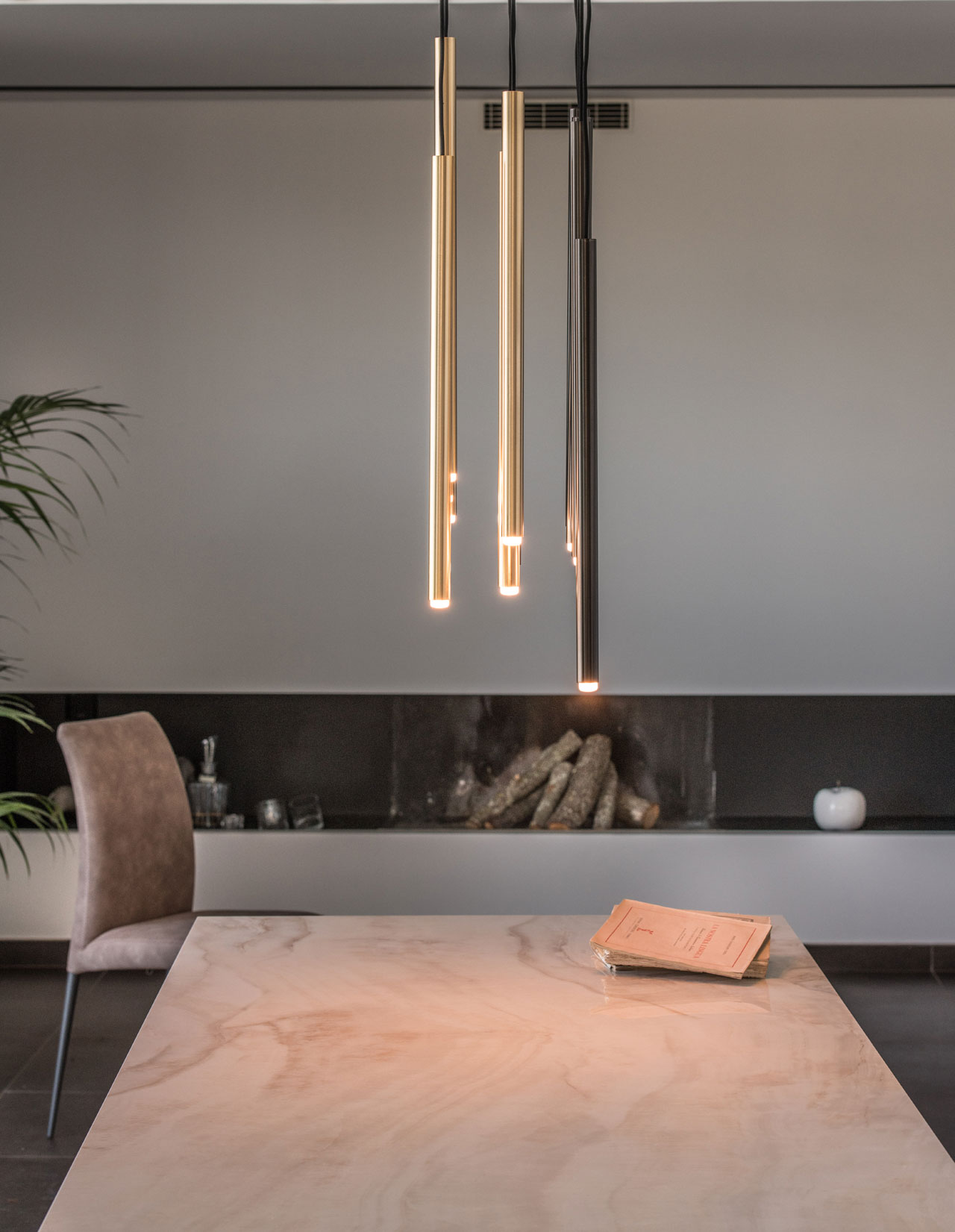 Stilo lamp, design Riflessi Lab 2019, Riflessi