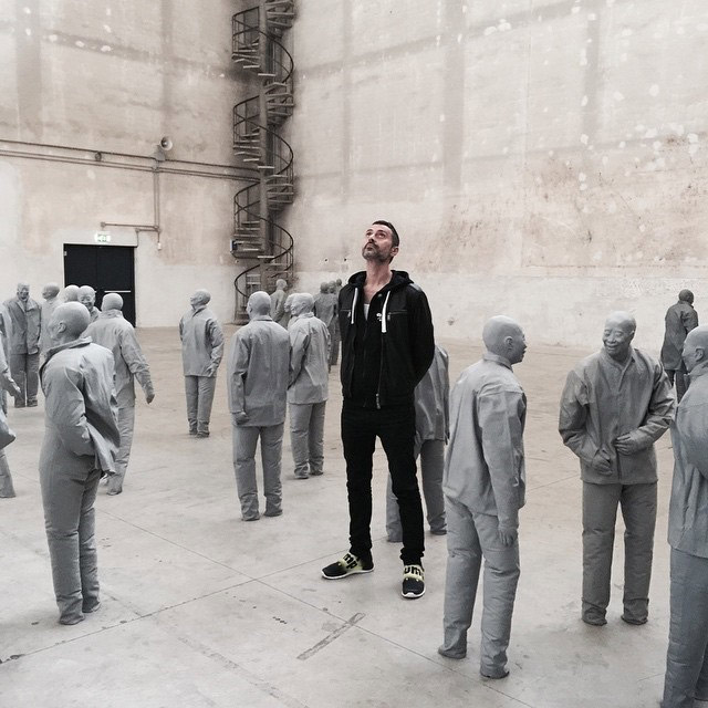 At the Hangar Bicocca, among the sculptures by Juan Muñoz.
