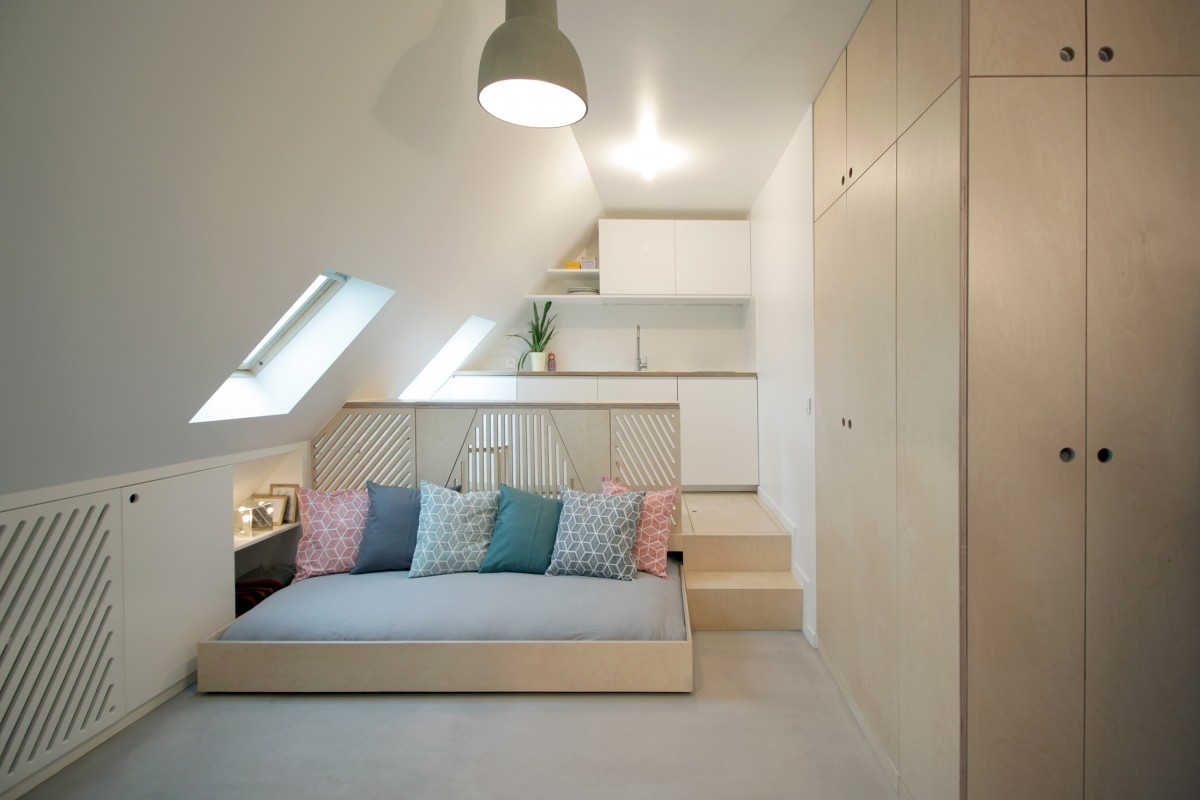 A 15 sqm home: the convertible attic