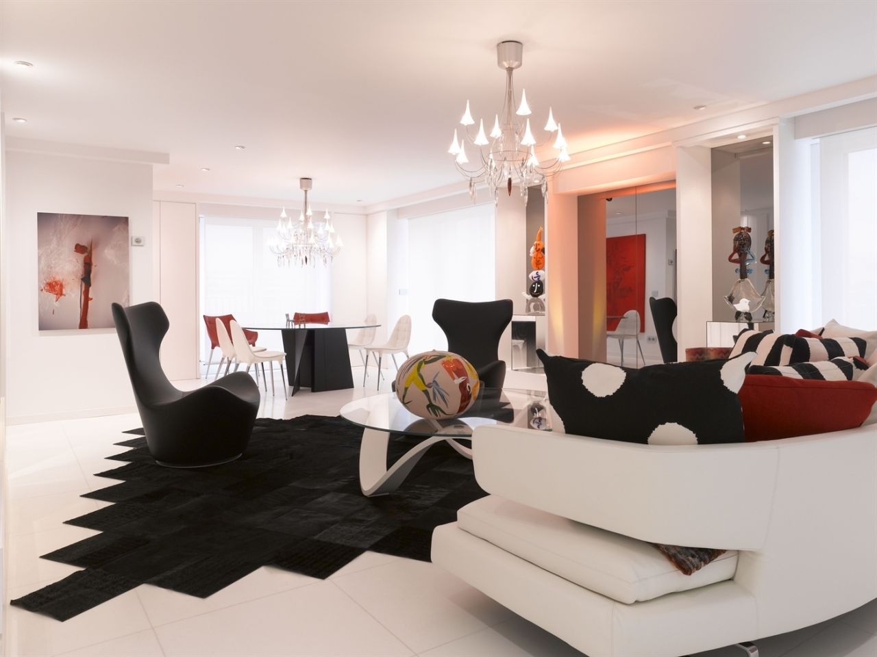 In the penthouse in Paris bold colors and strong shapes