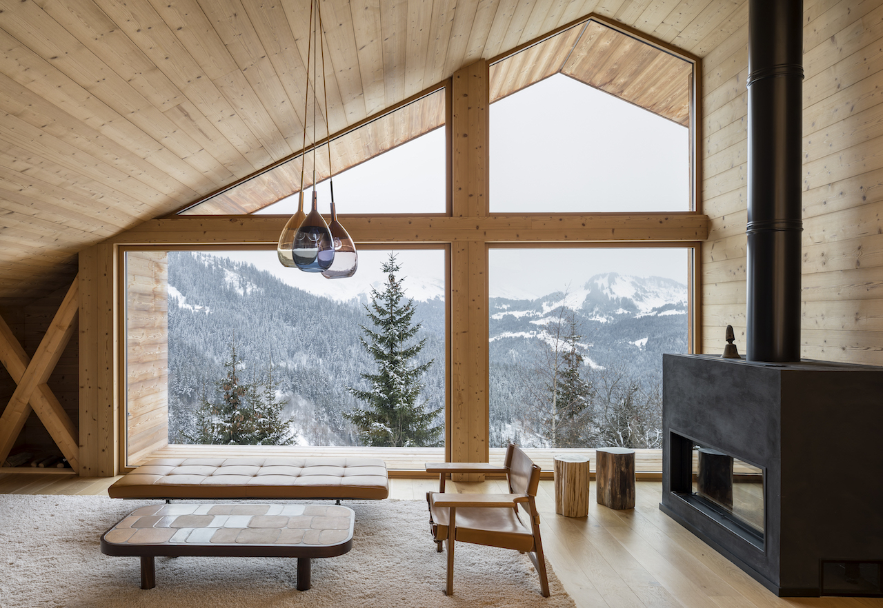Chalet: warmth and light from tradition to modern design