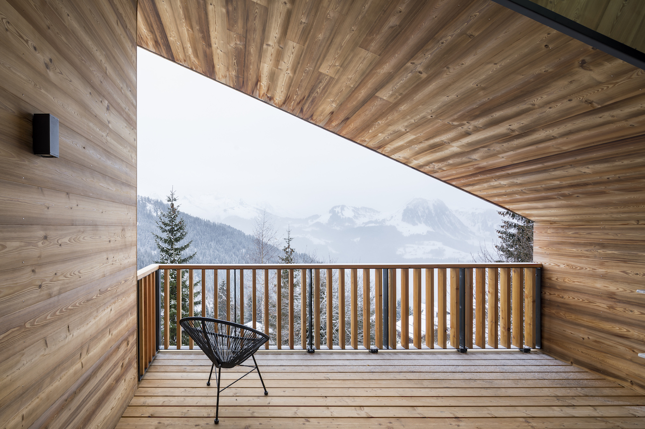 chalet design in Manigod entirely cladded in timber