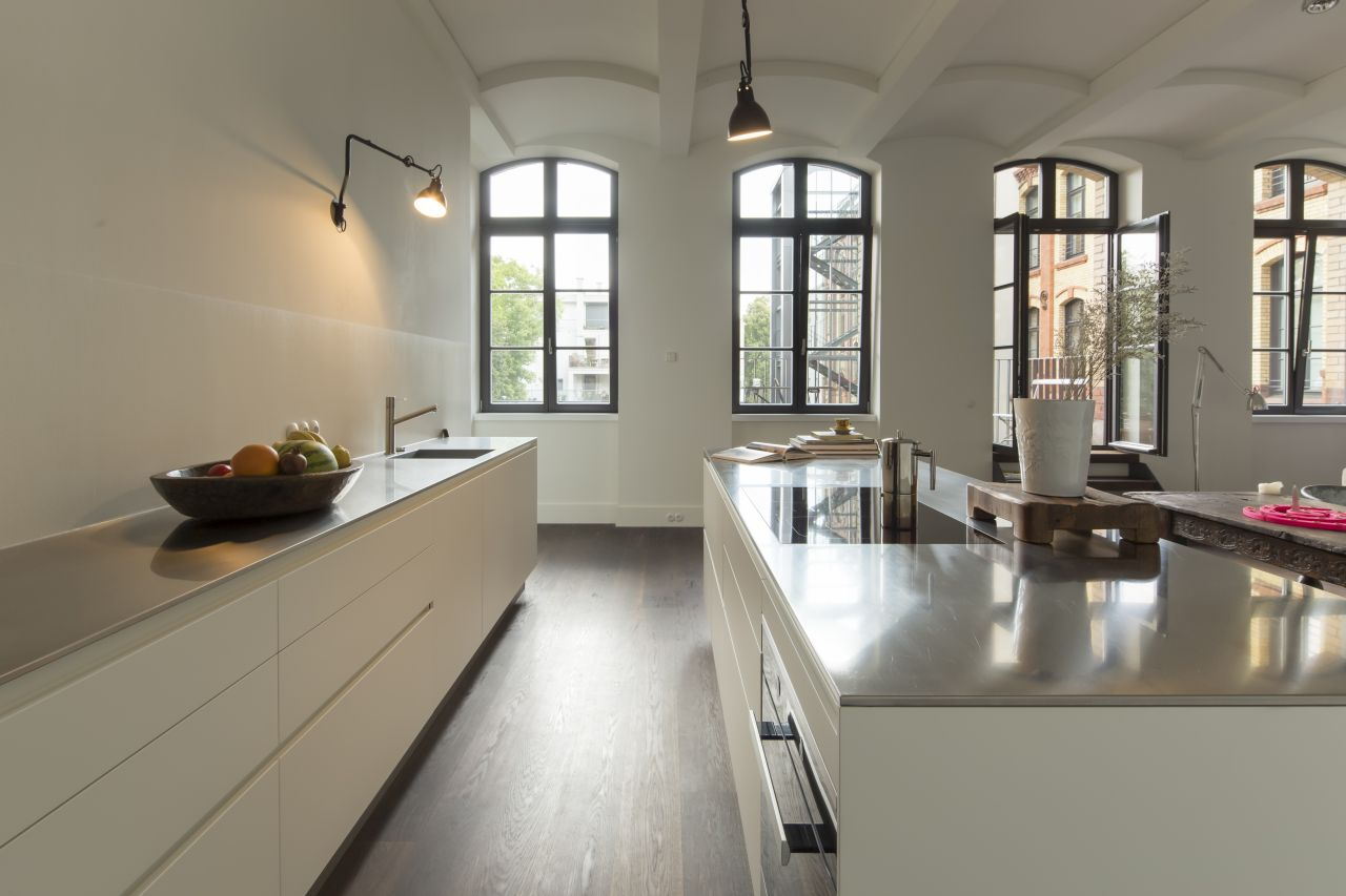 Kitchen Twelve by Varenna Poliform