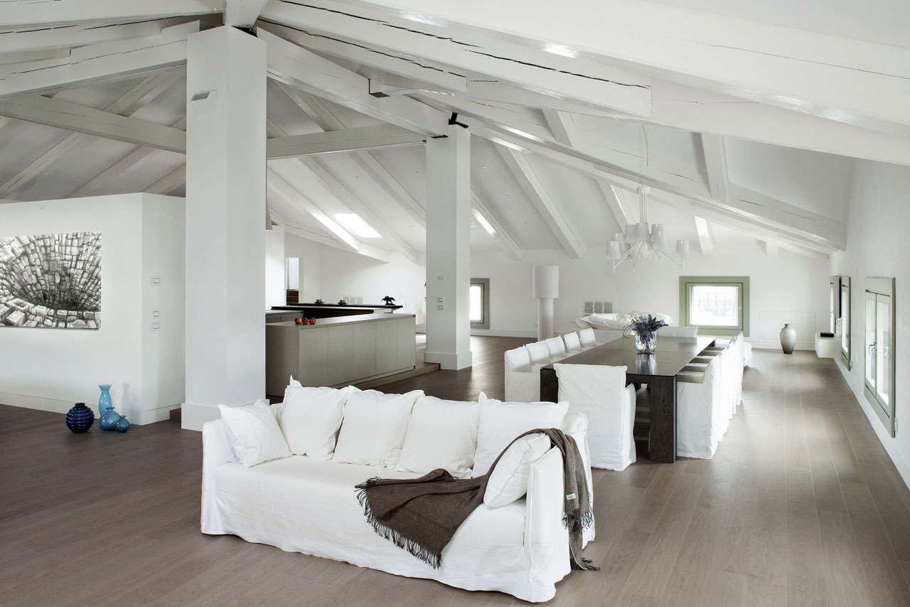 White is everywhere. It adds a soothing touch. Photo: Courtesy Arredo Dal Pozzo