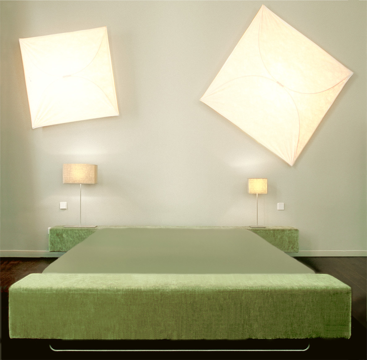 Wall-mounted Ariette lamps, designed in 1973 by Tobia Scarpa. Bed and wardrobe by Cappellini.