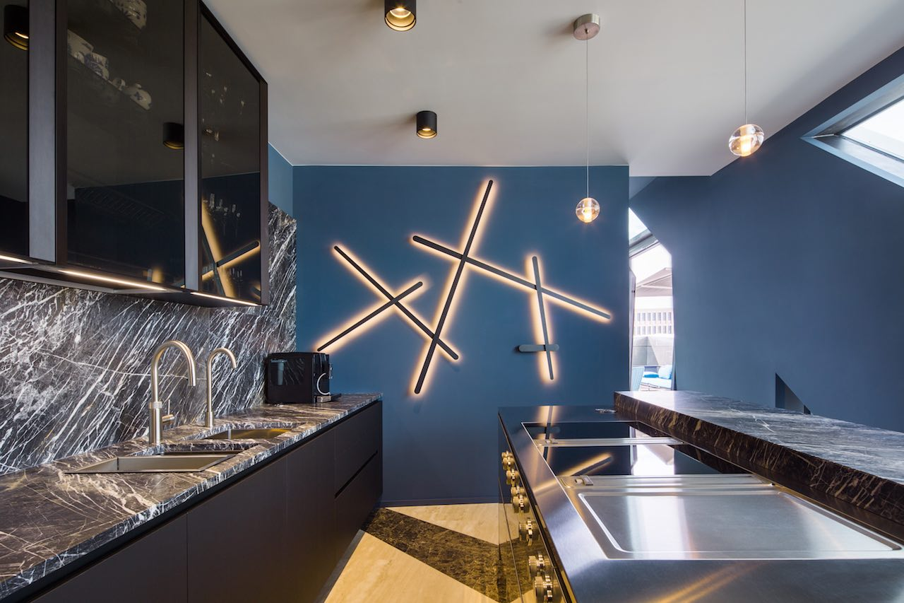 the kitchen of the loft apartment Sapphire, Libeskind, Berlin