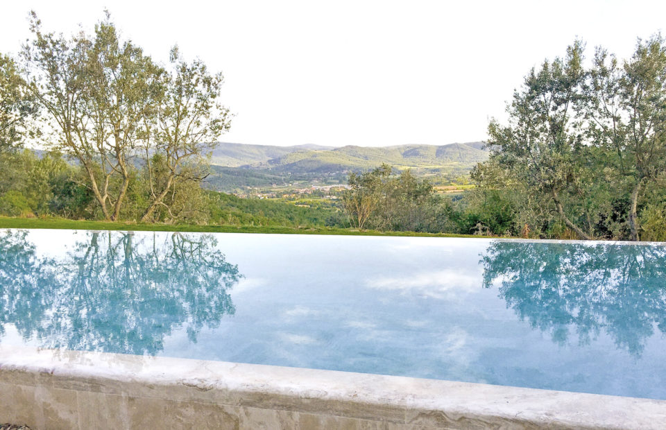 Infinity pool, for a wonderful holiday on the hills of Tuscany