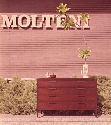 80!Molteni: 80 years on show