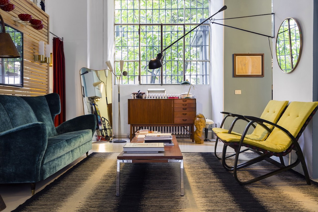 Officina Antiquaria: charming vintage design in Milan