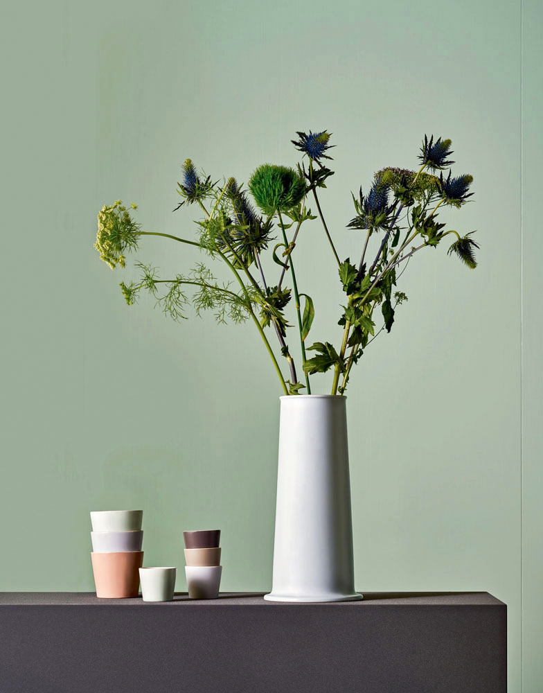 tonale vases by alessi