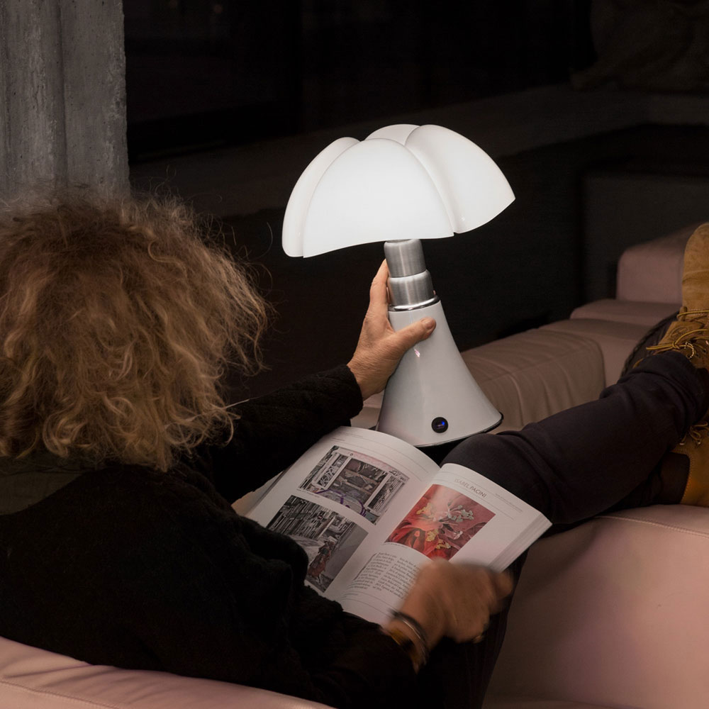 minipipistrello cordless lamp by martinelli luce