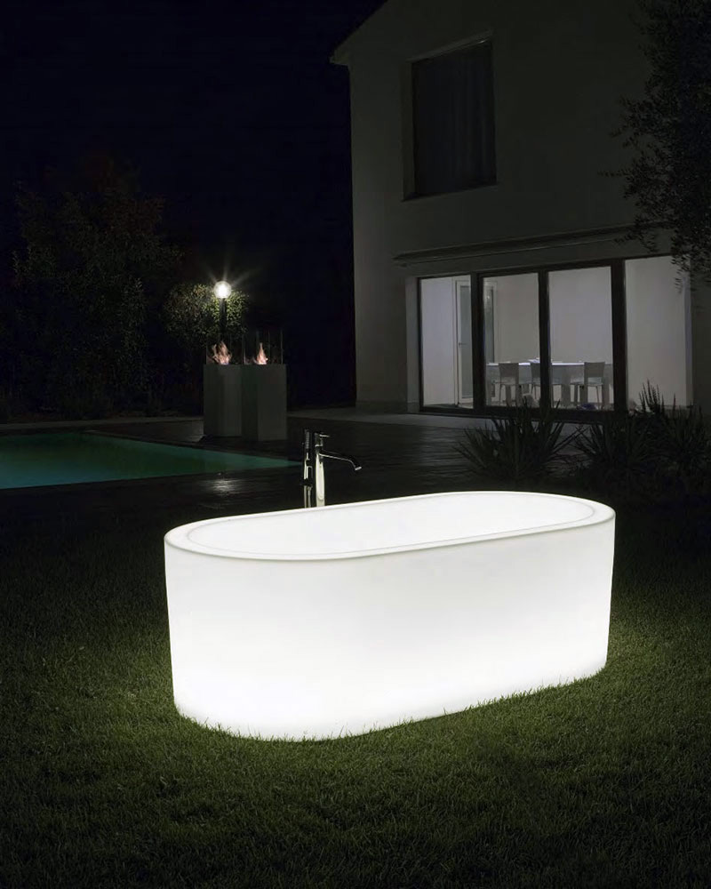 OiO Bathtub, Michel Boucquillon, Antonio Lupi, 2010