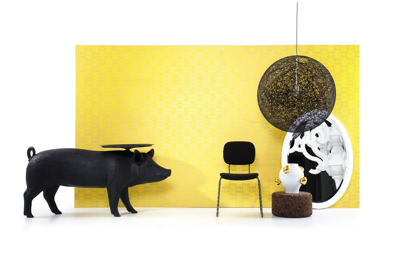 Pig small table, Front, Moooi, 2006