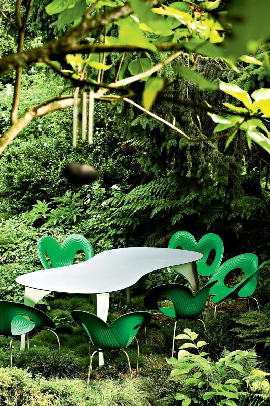 Ripple outdoor chair, Ron Arad,  Moroso, 2005