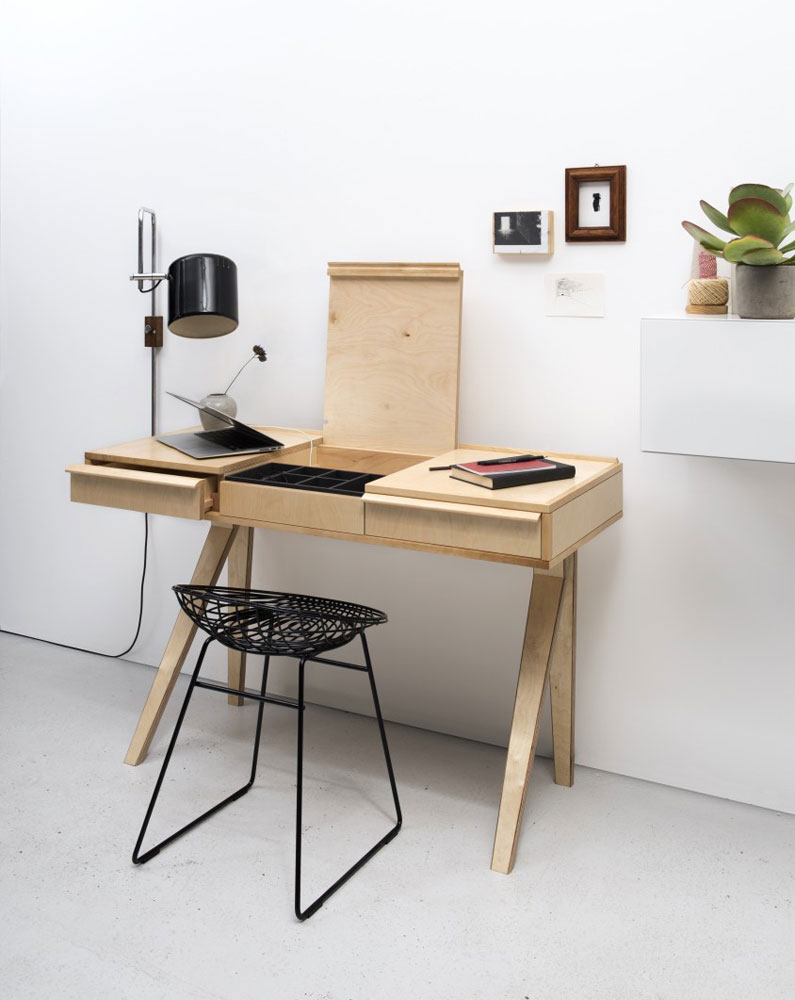 eb01 desk by pastoe